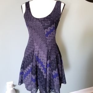 3/$30 Free People Cute Blue/Purple Dress Size XS